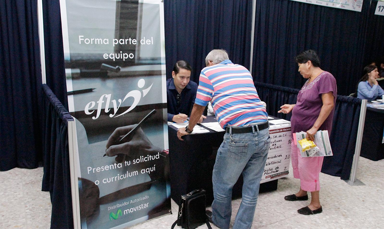 Las Ferias de Empleo son eventos  organizados por las oficinas del Servicio Nacional de Empleo, realizadas en diferentes instalaciones a las del SNE, para vincular  directa y masivamente, la demanda de trabajadores detectada en el sector empresarial.