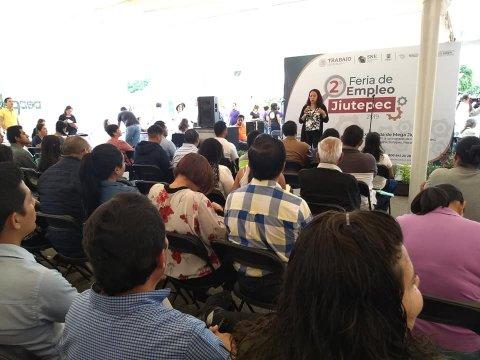 """<a href=""""/Se-llevo-acabo-el-Taller-para-Buscadores-de-Empleo"""">Se llevo acabo el Taller para Buscadores de Empleo (TBE) en la 2a Feria de EmpleoJiutepec2...</a>"""