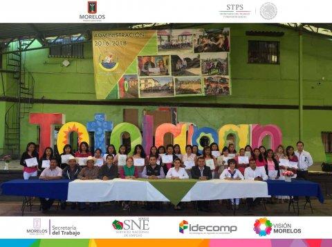"""<a href=""""/clausura-cursos-totolapan-zacualpan""""> Clausura del Curso de Cultora de belleza en Totolapan y Comida regional en Zacualpan de Ami...</a>"""