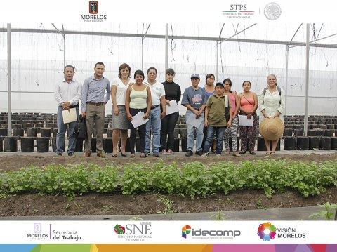 """<a href=""""/Clausura-curso-huertas-traspatio"""">Clausura del Curso de Huertas de Traspatio en el municipio de Miacatlán, Morelos.</a>"""