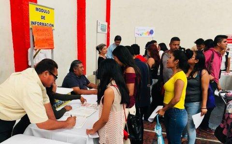 """<a href=""""/feria-de-empleo-puente-de-ixtla"""">Feria de Empleo Puente de Ixtla 2018</a>"""