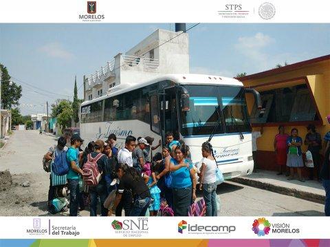 """<a href=""""/104-jornaleros-morelenses-a-Sinaloa"""">La Secretaría de Trabajo y el SNE Morelos brinda apoyo a 104 jornaleros morelenses</a>"""