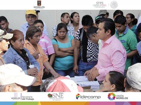 """<a href=""""/jornaleros-agricolas-sinaloa"""">La Secretaría del Trabajo Morelos a través del SNE Morelos apoya a más de 100 jornaleros</a>"""