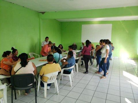 """<a href=""""/pago-de-becas-en-tepalcingo-zacatepec-y-cuautla"""">Se lleva a cabo la entrega de apoyos a beneficiarios de beca de Capacitación en Micro y Pequ...</a>"""
