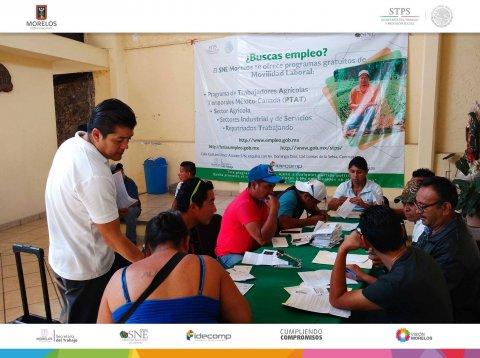 """<a href=""""/jornaleros-mla-jalisco"""">SNE Morelos entrega apoyos a jornaleros agrícolas de Jonacatepec, Cuautla y Cuernavaca</a>"""
