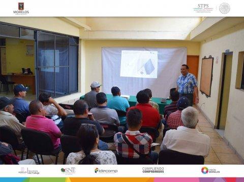 """<a href=""""/platica-ptat-marzo"""">SNE Morelos imparte Plática informativa a Jornaleros</a>"""