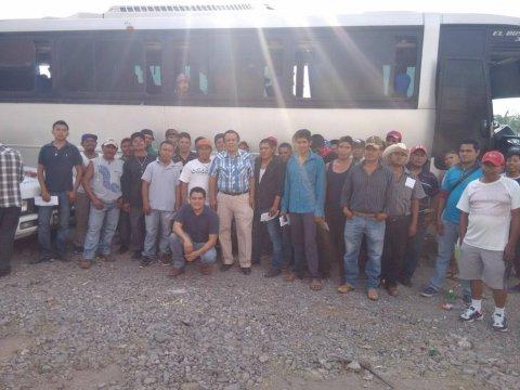 """<a href=""""/jornaleros-agricolas-a-chihuahua"""">Apoyados por el SNE Morelos, salen jornaleros agrícolas a Chihuahua</a>"""